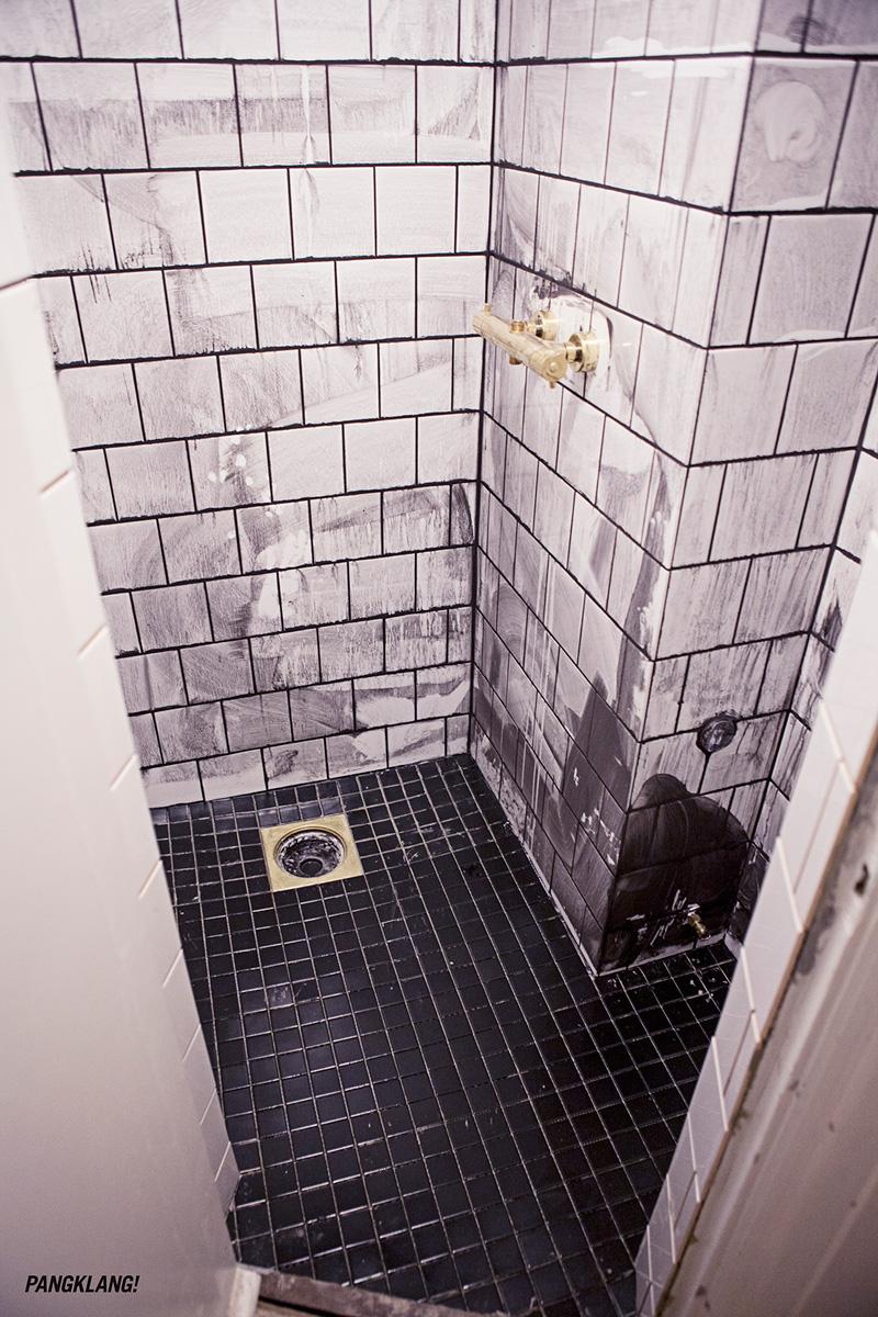 Badrum utanpåliggande rördragning ~ xellen.com