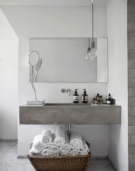 badrum-inspiration_grått-betong-marmor_vosgesparis-boligliv_1