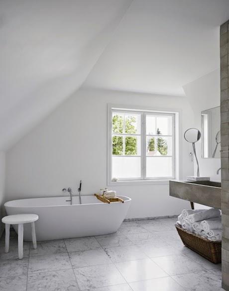 badrum-inspiration_grått-betong-marmor_vosgesparis-boligliv_2
