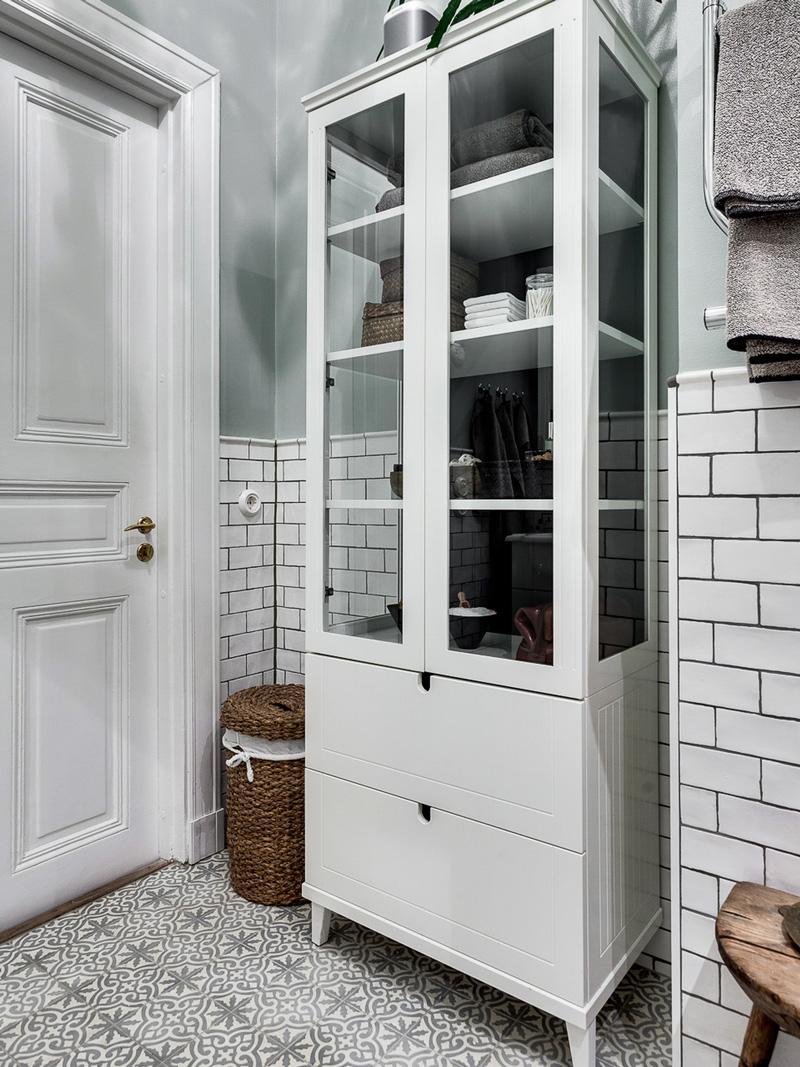 badrum-inspiration_tassbadkar-duschring-romatiskt_marrakech-golv_luntmakargatan_foto-alexander-white_badrumsdrommar_4_800px