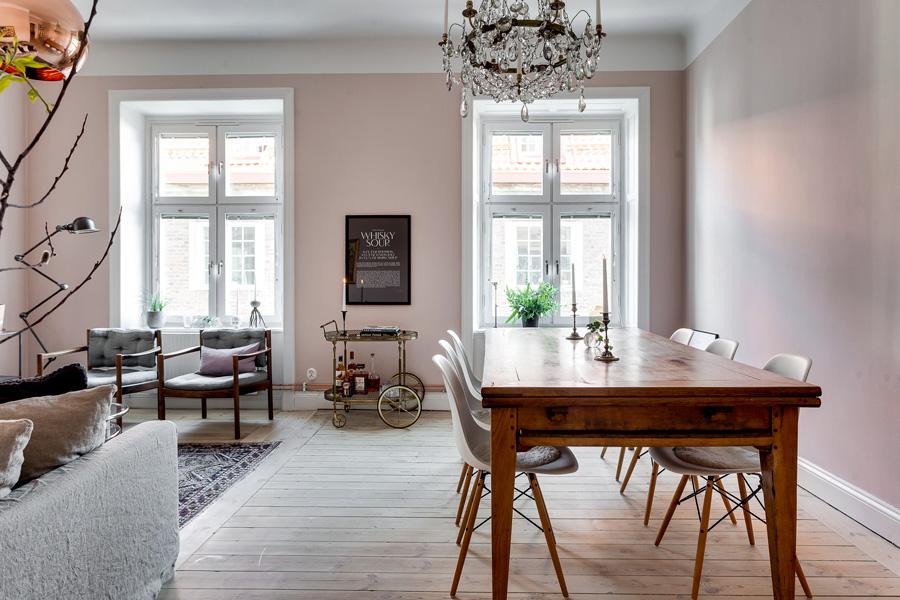 badrum-inspiration_tassbadkar-duschring-romatiskt_marrakech-golv_luntmakargatan_foto-alexander-white_badrumsdrommar_interior-rosa-vaggar-sekelskifte_900px