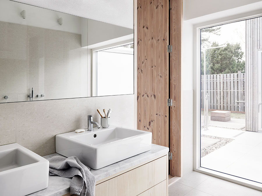 Platsbyggt Kok Gammal Stil : kommod badrum gammal stil  Bild po badrumsmatta Badrum i gammal stil
