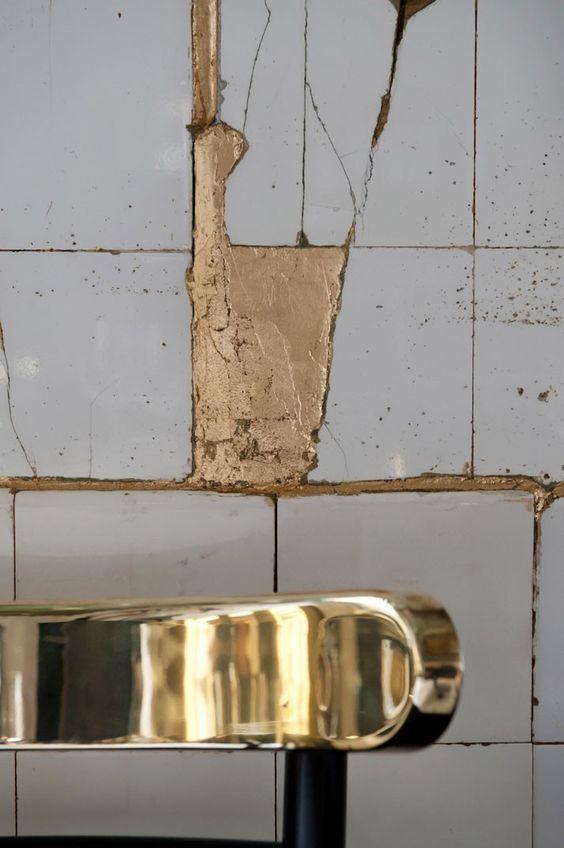 Klicka på respektive bild för att se mer av varje badrum! Där kan du även  hitta källan bakom varje foto. 007359b483305