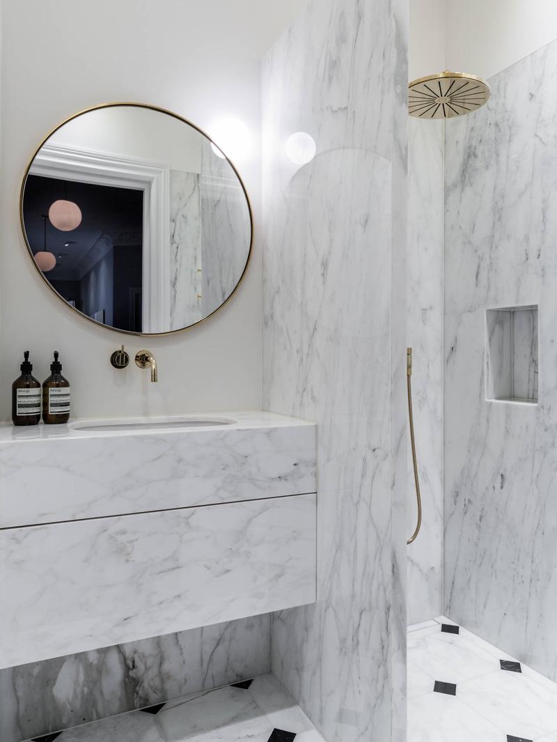 pris för badrumsrenovering