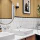 Badrumsinspiration - badrum i retrostil med tassbadkar