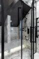 badrumsinspiration klassiskt badrum calacatta dusch angdusch svart duschvagg ostermalm villastaden master sovrum foto perjansson
